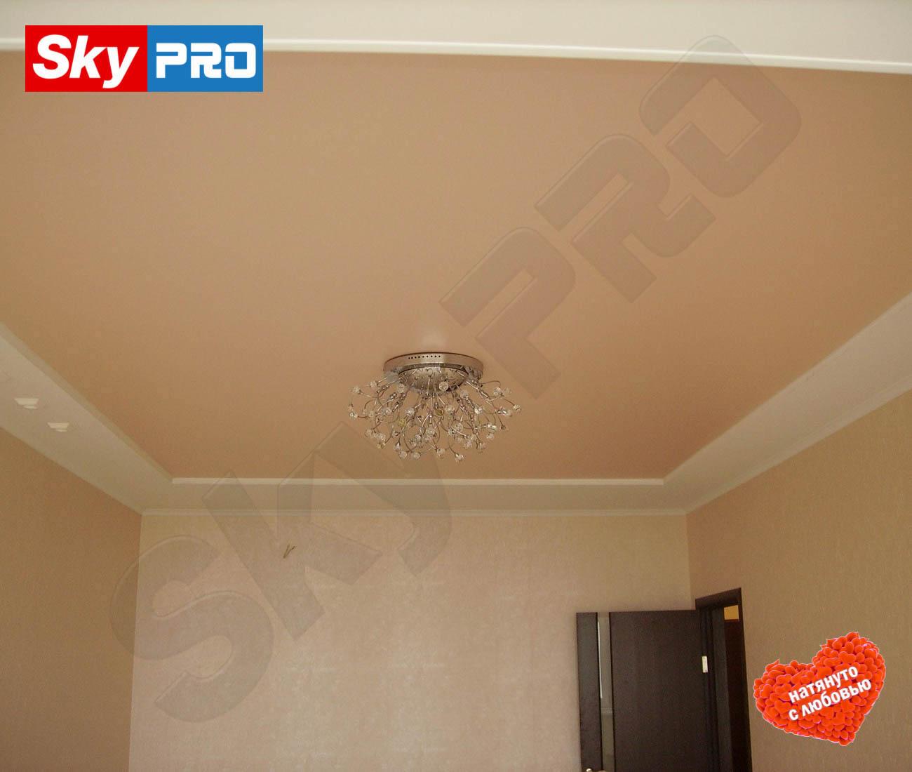Цветной матовый натяжной потолок Классик цена за метр
